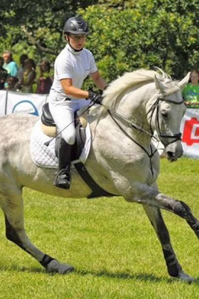 Paulina Selega : Instruktor Rekreacji Ruchowej ze specjalnością jazda konna
